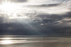 Waarde (Omroep Zeeland) Tags: waarde westerschelde hagelbui wolkenlucht zonnestralen