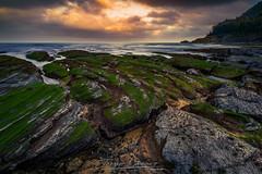 Playa de Ogeia (www.jorgelazaro.es) Tags: nublado ogeia mar landscape sunset bizkaia rocas agua cielo cantábrico costa naturaleza piedra paisaje atardecer verde playa ispáster vizcaya españa es