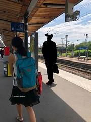gens-quai-gare®© (alexandrarougeron) Tags: photo alexandra rougeron personnage urbain ambiance style ville