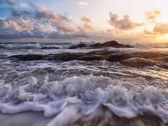 IMG_6749 ~ dugaan hidup (alongbc) Tags: sunrise waves beach seascape shoreline coast coastline cloud pantaitelukbidara dungun terengganu malaysia travel place trip canon eos700d canoneos700d canonlens 10mm18mm wideangle 700d happyplanet asiafavorites