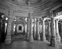 1937 (The Dent.) Tags: mamiya7ii tmy2 hc110 dilution b 7 min india ranakpur jain temple rajasthan