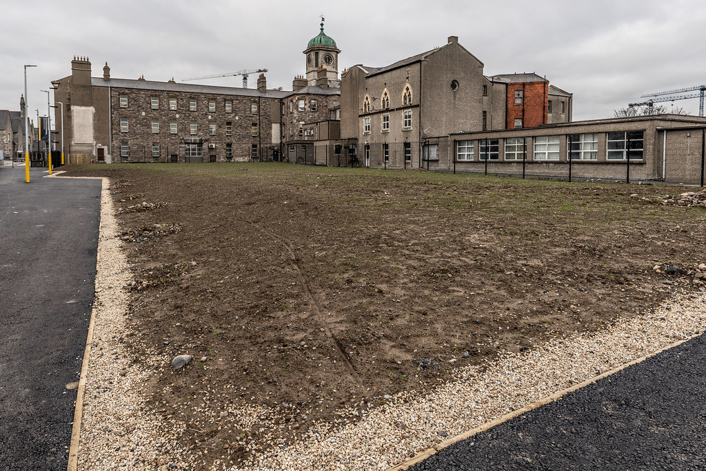 LIMITED ACCESS TO THE GRANGEGORMAN CAMPUS EAST-WEST CYCLE PATH [GRANGEGORMAN STATION AND LUAS TRAM STOP]-147403