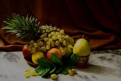 Фруктовая фантазия (lvv1937) Tags: ананас груша яблоки винограднатюрморт stilllifemypassionp1c2highqualityimagesonly exploré earthtoday1 classicstilllifeart |stilllife|post1comment3