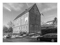 Die Stadt 277 (sw188) Tags: deutschland nrw ruhrgebiet westfalen dortmund hörde sw stadtlandschaft street bw blackandwhite