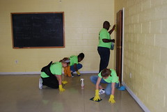 DSC_4518 (Newport News Choice) Tags: serve the city 2019 cni volunteers community service youth children teens scrubbing gloves cleaning floors