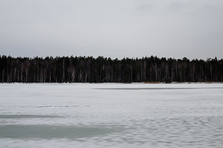The lake is covered with ice in winter.
