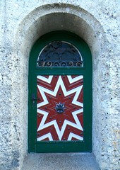 A very old brewery entrance (Francesco Pesciarelli) Tags: osterreich flickr pesha francescopesciarelli salzburg colors door brewery old 1926 austria wood entrance stones ancient