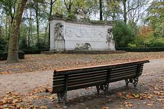 Bruxelles - Monument aux pionniers belges au Congo