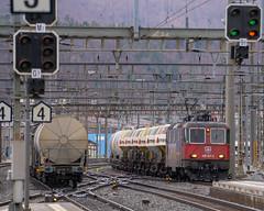Freight: cement block train (1/3) (jaeschol) Tags: bbc bahnhof eisenbahn elektrischelokomotive europa europe kantonsolothurn kontinent lokomotive olten re420 re420241 saas sbb slm schweiz suisse switzerland transport chemindefer railroad railway