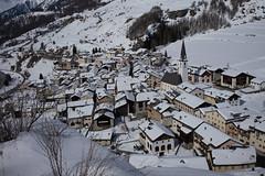 Ardez (vischnanca da muntogna) (Toni_V) Tags: m2406680 rangefinder digitalrangefinder messsucher leicam leica mp typ240 type240 35lux 35mmf14asphfle summiluxm hiking wanderung randonnée escursione lavinguardaardez ardez alps alpen unterengadin engiadinabassa winter schnee snow bergdorf mountainvillage graubünden grisons grischun switzerland schweiz suisse svizzera svizra europe ©toniv 2018 180303