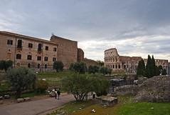 Passeggiando nella Storia (Roma 2019) / Walking into History (Rome 2019) (Stefano Innocenzi) Tags: architettura arte storia opere gloria imperoromano