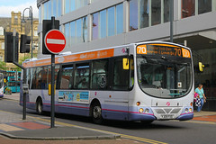 YJ09 FXD, Boar Lane, Leeds, September 7th 2016 (Southsea_Matt) Tags: yj09fxd 69416 route75 wright eclipse urban volvo b7rle first boarlane leeds westyorkshire england unitedkingdom canon 60d sigma 1850mm september 2016 autumn bus omnibus vehicle passengertravel publictransport