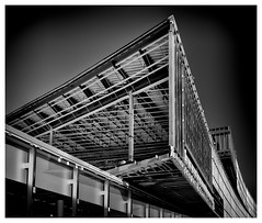 _DSC9096-Mr (gillesporlier) Tags: construction edifice building bnw nikon d750 monochrome street city rue ville metal new nouveau