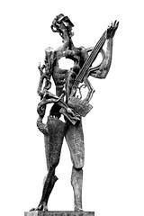 Le Poète - Ossip Zadkine Albertplein , 8300 Knokke-Heist (claude lina) Tags: claudelina belgium belgique belgië knokke merdunord noordzee plage sable beach cabines ossipzadkine oeuvre art sculpture lepoète