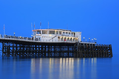 2018_05_06_0251 (EJ Bergin) Tags: sussex westsussex landscape worthing sunset beach sea seaside worthingpier seafront bluehour southernpavillion