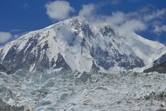 Glacier et pic de Passu (Passu Sar) , 7 478 m © Bernard Grua (Photos de voyages, d'expéditions et de reportages) Tags: glacier karakoram montagne hunza gojal bernardgrua passu gilgitbaltistan pakistan