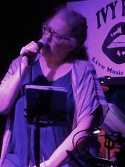 Loralee Christensen (michaelz1) Tags: livemusic ivyroom albany victorkrummenacher loraleechristensen
