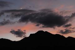 Luna (jacquelineditté) Tags: sunset mountain atardecer jacditté clouds nubes nuevoleón santiago