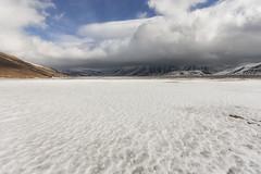 Extra low clouds (Leonardo Del Prete) Tags: castelluccio norcia pianogrande sibillini parconazionale nationalpark snow neve nuvole clouds montisibillini umbria nuvolebasse lowclouds
