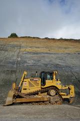 D8T 08032 (Omar Omar) Tags: elpaísgrandedelsur ca california altacalifornia usa usanda usofa bigsur d8t d8tdozer earthmover caterpillar highway1 ca1 etatsunis usono lamerique
