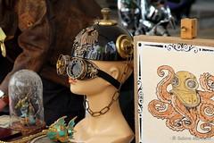 Magic Glasses (Sockenhummel) Tags: 6nikolaifestspiele nikolaifestspiele nikolaiviertel kopf brille glasses magic helm verkleidung karneval markt strasenfest