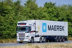 BM62576 (18.07.18, Motorvej 501, Viby J)DSC_5535_Balancer (Lav Ulv) Tags: 255852 scania rseries pgrseries scaniarseries r450 topline 2017 rttransport herning white r6 e6 euro6 6x2 container maersk truck truckphoto truckspotter traffic trafik verkehr cabover street road strasse vej commercialvehicles erhvervskøretøjer danmark denmark dänemark danishhauliers danskefirmaer danskevognmænd vehicle køretøj aarhus lkw lastbil lastvogn camion vehicule coe danemark danimarca lorry autocarra danoise vrachtwagen motorway autobahn motorvej vibyj highway hiway autostrada trækker hauler zugmaschine tractorunit tractor artic articulated semi sattelzug auflieger trailer sattelschlepper vogntog oplegger sættevogn