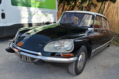 Citroen DS (benoits15) Tags: citroen ds french car nimes auto retro black
