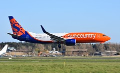 A6-FDQ B737 8KN Sun Country (corrydave) Tags: a6fdq b737 b737800 suncountry shannon 40244