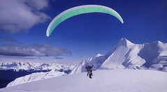 Motorized-paragliding - Tandem flight (Jacques Rollet (very little available)) Tags: mountain montagne paragliding parapente neige snow