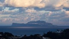 Capri vista da Ischia (rafpas82) Tags: capri ischia forio isola isolecampane arcipelagocampano puntaimperatore arcipelago campania italia italy mare tirreno mediterraneansea mediterraneo sea nuvole nuvoloso cloudy clouds blue fuji xt20 fujifilmxt20 55200fujinon 55200 fujinon fujifilm