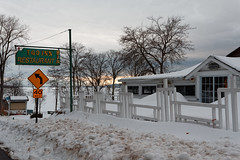 I-Go-Inn Restaurant & Bar (fotofish64) Tags: restaurant eatery igoinn bar igoinnrestaurantbar seasonal tourist greatsacandagalake sacandaga fishhouse northville saratogacounty edinburg capitalregion adirondackpark adirondacks southernadirondacks roadside sign neonsign goldenhour outdoor fence snow winter pentax pentaxart kmount k70 hdpentaxda1685mmlens