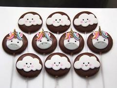 Pirulitos de Chocolate - Festa Unicórnio (Elaine Russo - Delizie! Confeitaria Artística) Tags: chocolat unicorn lollypop