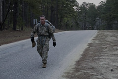 German Armed Forces Proficiency Badge Ruck March (SC Guard) Tags: scng southcarolinanationalguard germanarmedforcesproficiencybadge ruckmarch mccradytrainingcenter internationalcollaboration internationalrelationships camaraderie tacticalskillsproficiency