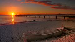Today's sunrise with a touch of snow (Ostseeleuchte) Tags: sunrise todayssunrise balticsea ostsee heutigersonnanaufgang snow schnee einbisschenwinter abitofwinter morninglight morgenlicht wasser water sea sky wolken clouds
