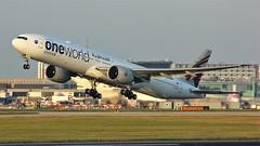 A7-BAA (AnDyMHoLdEn) Tags: qatar 777 boeing777 oneworld egcc airport manchester manchesterairport 23r