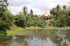 Angkor_Bakong_2014_03