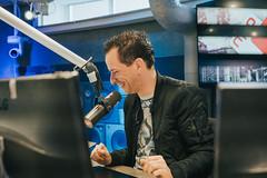1000ste uitzending Aan De Slag! (NPO_Radio2) Tags: 1000 aandeslag feest fotograafchantalkoolhoven bartarens bart arens studio nporadio2
