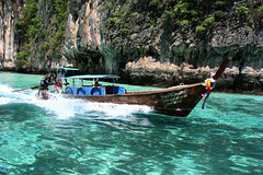 Boat trip in Thailand (RuiFreitass) Tags: ocean thailand boat water trave traveller