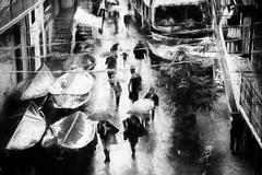 Rainy day Manarola (www.streetphotography-berlin.com) Tags: manarola cinque terre italy rain rainyday people umbrella street streetphotography streetlife blackandwhite blackwhite monochrome urban city cityscape impressionist impressionism absoluteblackandwhite