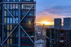 Neo Sunset (Chas Pope 朴才思) Tags: 2018 england london iphone sunset bankside neoapartments rshp richardrogers rogersstirkharbour bracing southwark