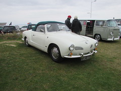 Volkswagen Karmann Ghia 1500 (Andrew 2.8i) Tags: show classic cars car mare super weston classics westonsupermare german sports sportscar open convertible cabriolet aircolled cooled air 15 1500 ghia karmann vw volkswagen