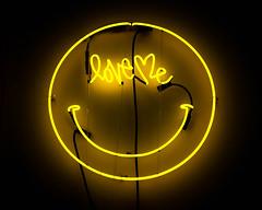 Curtis Kulig - Love Me Smiley neon