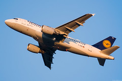 D-AIBB (Andras Regos) Tags: aviation aircraft plane fly airport bud lhbp takeoff spotter spotting lufthansa airbus a319