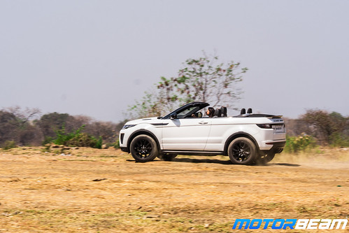 Range Rover Evoque Off-Roading-11