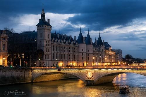 Conciergerie & Pont au Change, Paris