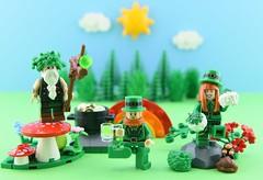 🍀Happy St. Patrick's Day🍀 (Alex THELEGOFAN) Tags: lego minifigure minifigures minifig minifigurine minifigs minifigurines green st patricks day patrick happy sky mushroom druid leprechaun