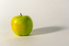 Just an Apple (WilliamND4) Tags: apple fruit food shadow nikon green healthy