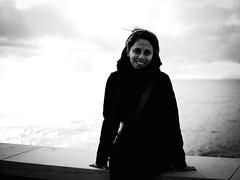 GFX0793 - Manu (Diego Rosato) Tags: manu ritratto portrait mare sea sky cielo nuvole clouds panorama landscape paesaggio fuji gfx50r fujinon gf63mm bianconero blackwhite rawtherapee
