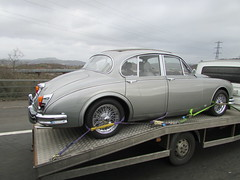 Jaguar Mk II (Andrew 2.8i) Tags: spotted spot classics wales uk carspotting spotting street car cars streetspotting united kingdom road classic bl britishleyland british salonn sedan luxury executive mark 2 ii mk mk2 mkii jaguar