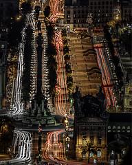 Electrons (Ramon InMar) Tags: barcelona colon nocturna night lighttrails estelas montjuich cityscape paisajeurbano urban paisatgeurba noche nit